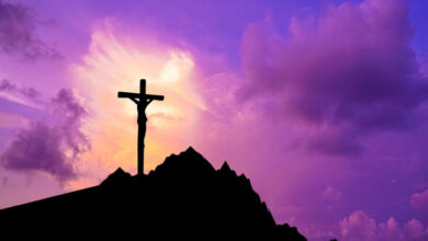 Photo of Deus Abandonou Jesus na Cruz?